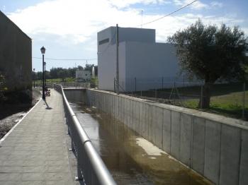 Defensa contra inundaciones en arroyos en Rosal de la Frontera