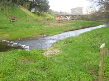 Adecuación de senda fluvial en Jabugo (Huelva)