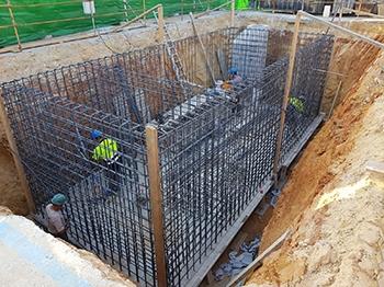 Instalación de contenedor soterrado en c/ Altamar en Chiclana de la Fra. (Cádiz)